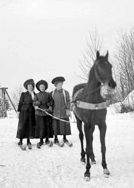 Trio of Ladies Skijoring in 1909 Norway | Writer Mariecor | WriterMariecor.com
