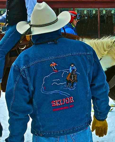 Skijoring Jacket | Writer Mariecor | WriterMariecor.com